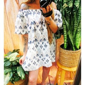 Bohemian aztec off shoulder mini dress 🌜
